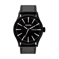 Nixon Sentry Leather Herrenuhr Schwarz/Weiß